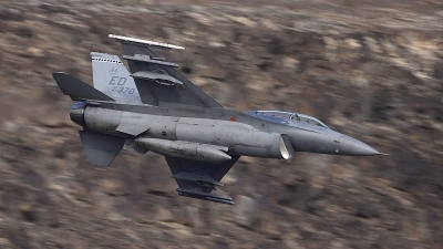 Photo ID 206536 by Peter Boschert. USA Air Force General Dynamics F 16D Fighting Falcon, 87 0370