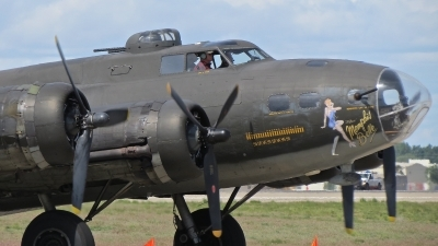 Photo ID 206611 by Gerald Howard. Private Liberty Foundation Boeing B 17G Flying Fortress 299P, N3703G