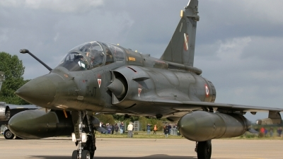 Photo ID 24315 by Barry Swann. France Air Force Dassault Mirage 2000D, 677