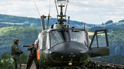 Photo ID 206737 by Thomas Ziegler - Aviation-Media. Germany Army Bell UH 1D Iroquois 205, 73 28