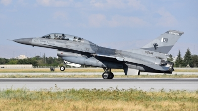 Photo ID 206808 by M.Schmal. Pakistan Air Force General Dynamics F 16B Fighting Falcon, 90614