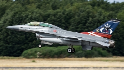 Photo ID 206902 by Thomas Ziegler - Aviation-Media. Denmark Air Force General Dynamics F 16BM Fighting Falcon, ET 210