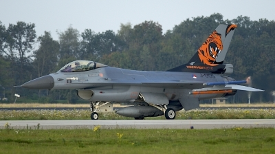 Photo ID 207465 by Robert Flinzner. Netherlands Air Force General Dynamics F 16AM Fighting Falcon, J 055