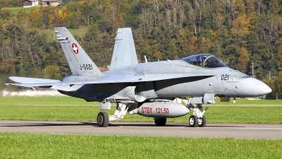 Photo ID 207267 by Andreas Zeitler - Flying-Wings. Switzerland Air Force McDonnell Douglas F A 18C Hornet, J 5021