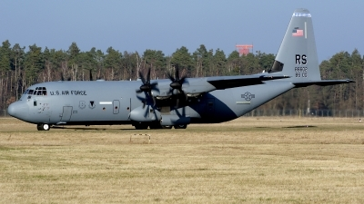 Photo ID 207295 by Günther Feniuk. USA Air Force Lockheed Martin C 130J 30 Hercules L 382, 08 8602