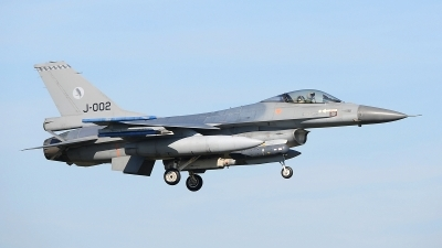 Photo ID 207392 by Peter Boschert. Netherlands Air Force General Dynamics F 16AM Fighting Falcon, J 002