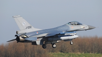 Photo ID 207393 by Peter Boschert. Netherlands Air Force General Dynamics F 16AM Fighting Falcon, J 002