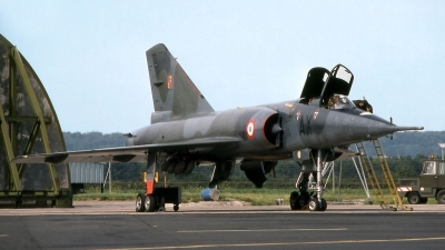 Photo ID 207440 by Marc van Zon. France Air Force Dassault Mirage IVP, 25