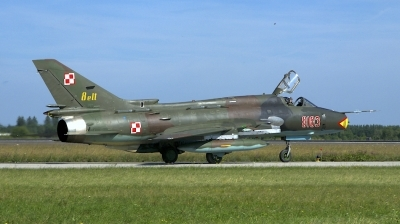 Photo ID 207477 by Robert Flinzner. Poland Air Force Sukhoi Su 22M4 Fitter K, 8103