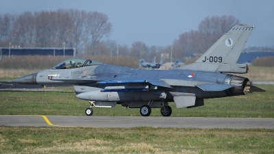 Photo ID 207587 by Peter Boschert. Netherlands Air Force General Dynamics F 16AM Fighting Falcon, J 009