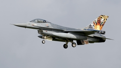 Photo ID 207563 by Robert Flinzner. Netherlands Air Force General Dynamics F 16AM Fighting Falcon, J 008
