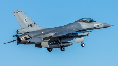 Photo ID 207767 by John. Netherlands Air Force General Dynamics F 16AM Fighting Falcon, J 632