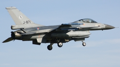 Photo ID 208438 by Arie van Groen. Netherlands Air Force General Dynamics F 16AM Fighting Falcon, J 871