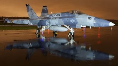 Photo ID 208117 by William T  Shemley. USA Navy McDonnell Douglas F A 18A Hornet, 162856