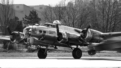 Photo ID 208717 by Aaron C. Rhodes. Private Erickson Aircraft Collection Boeing B 17G Flying Fortress 299P, N3701G