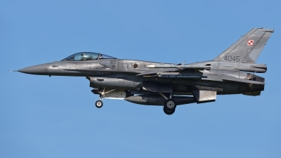 Photo ID 208965 by Rainer Mueller. Poland Air Force General Dynamics F 16C Fighting Falcon, 4045