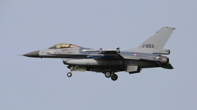 Photo ID 209108 by Frank Kloppenburg. Netherlands Air Force General Dynamics F 16AM Fighting Falcon, J 003