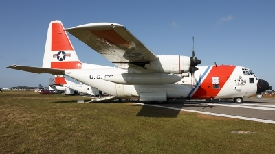 Photo ID 209136 by Hector Rivera - Puerto Rico Spotter. USA Coast Guard Lockheed HC 130H Hercules L 382, 1704