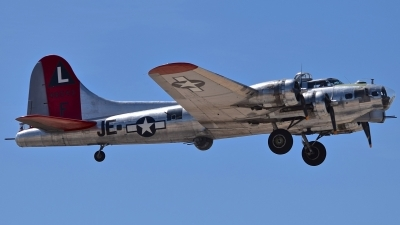 Photo ID 209261 by Gerald Howard. Private Erickson Aircraft Collection Boeing B 17G Flying Fortress 299P, N3701G