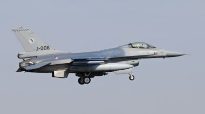 Photo ID 209338 by Milos Ruza. Netherlands Air Force General Dynamics F 16AM Fighting Falcon, J 006