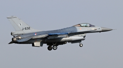 Photo ID 209406 by Milos Ruza. Netherlands Air Force General Dynamics F 16AM Fighting Falcon, J 632
