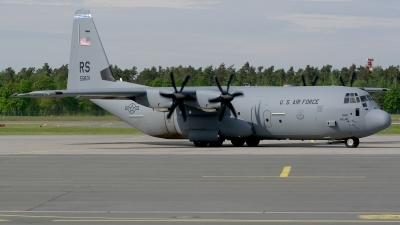 Photo ID 209594 by Günther Feniuk. USA Air Force Lockheed Martin C 130J 30 Hercules L 382, 15 5831