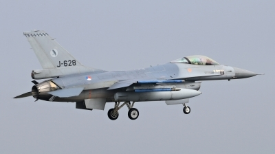 Photo ID 209631 by Milos Ruza. Netherlands Air Force General Dynamics F 16AM Fighting Falcon, J 628
