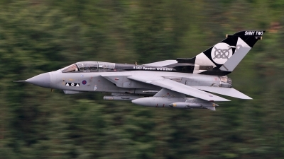 Photo ID 24544 by Paul Cameron. UK Air Force Panavia Tornado GR4, ZD748