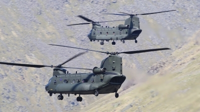 Photo ID 209641 by Barry Swann. UK Air Force Boeing Vertol Chinook HC3 MH 47E, ZH903