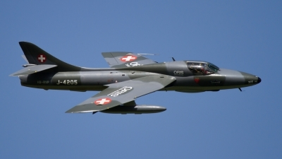 Photo ID 209710 by Agata Maria Weksej. Private Fliegermuseum Altenrhein Hawker Hunter T68, HB RVP