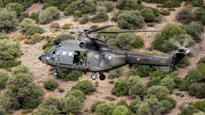 Photo ID 210365 by Robin Coenders / VORTEX-images. Spain Army Aerospatiale AS 332B1 Super Puma, HT 21 04