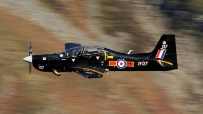 Photo ID 24600 by Paul Cameron. UK Air Force Short Tucano T1, ZF137