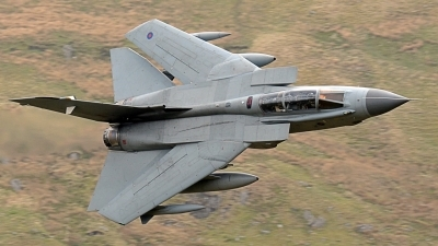 Photo ID 210327 by Gennaro Montagna. UK Air Force Panavia Tornado GR4, ZA543