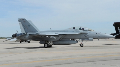 Photo ID 210421 by Peter Boschert. USA Navy Boeing F A 18F Super Hornet, 166925