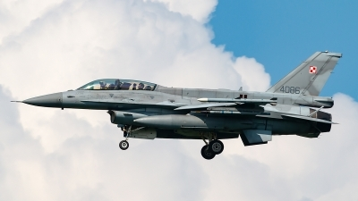Photo ID 210653 by markus altmann. Poland Air Force General Dynamics F 16D Fighting Falcon, 4086
