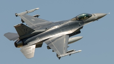 Photo ID 210714 by Brandon Thetford. USA Air Force General Dynamics F 16C Fighting Falcon, 86 0242