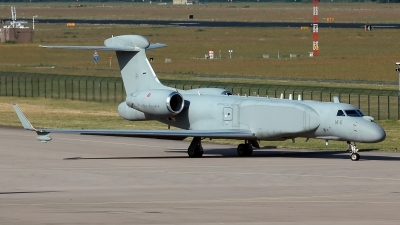 Photo ID 210830 by Carl Brent. Italy Air Force Gulfstream Aerospace G 550 CAEW, MM62293