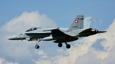 Photo ID 210955 by Sven Zimmermann. Switzerland Air Force McDonnell Douglas F A 18C Hornet, J 5016
