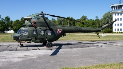 Photo ID 211227 by Alfred Koning. Poland Army Mil Mi 2URP G, 7338