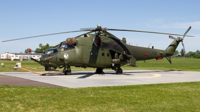 Photo ID 211222 by Alfred Koning. Poland Army Mil Mi 24W, 738