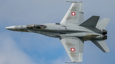 Photo ID 211350 by Martin Thoeni - Powerplanes. Switzerland Air Force McDonnell Douglas F A 18C Hornet, J 5016