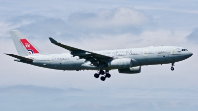 Photo ID 211418 by Fabio Radici. UK Air Force Airbus Voyager KC2 A330 243MRTT, ZZ330