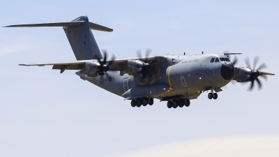 Photo ID 211738 by Ruben Galindo. UK Air Force Airbus Atlas C1 A400M, ZM403