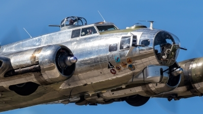 Photo ID 212001 by John Lackey. Private Yankee Air Force Boeing B 17G Flying Fortress 299P, N3193G