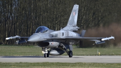 Photo ID 212490 by Peter Boschert. Poland Air Force General Dynamics F 16C Fighting Falcon, 4043