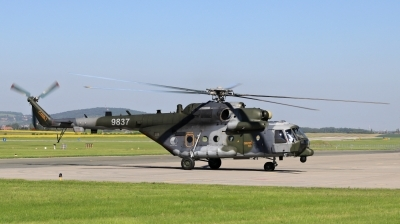 Photo ID 212619 by Milos Ruza. Czech Republic Air Force Mil Mi 171ShM, 9837