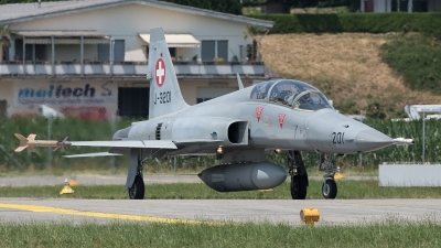 Photo ID 212707 by Luca Fahrni. Switzerland Air Force Northrop F 5F Tiger II, J 3201