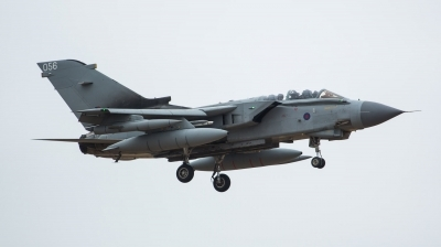 Photo ID 212964 by Doug MacDonald. UK Air Force Panavia Tornado GR4, ZA588