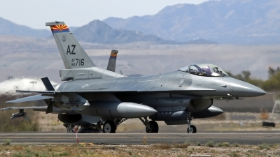 Photo ID 212959 by Richard de Groot. USA Air Force General Dynamics F 16C Fighting Falcon, 90 0716