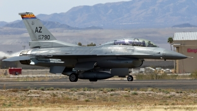 Photo ID 213120 by Richard de Groot. USA Air Force General Dynamics F 16D Fighting Falcon, 90 0790